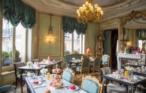Ladurée-Champs-Elysées-Salon-Castiglione---630x405---©-OTCP_block_media_big