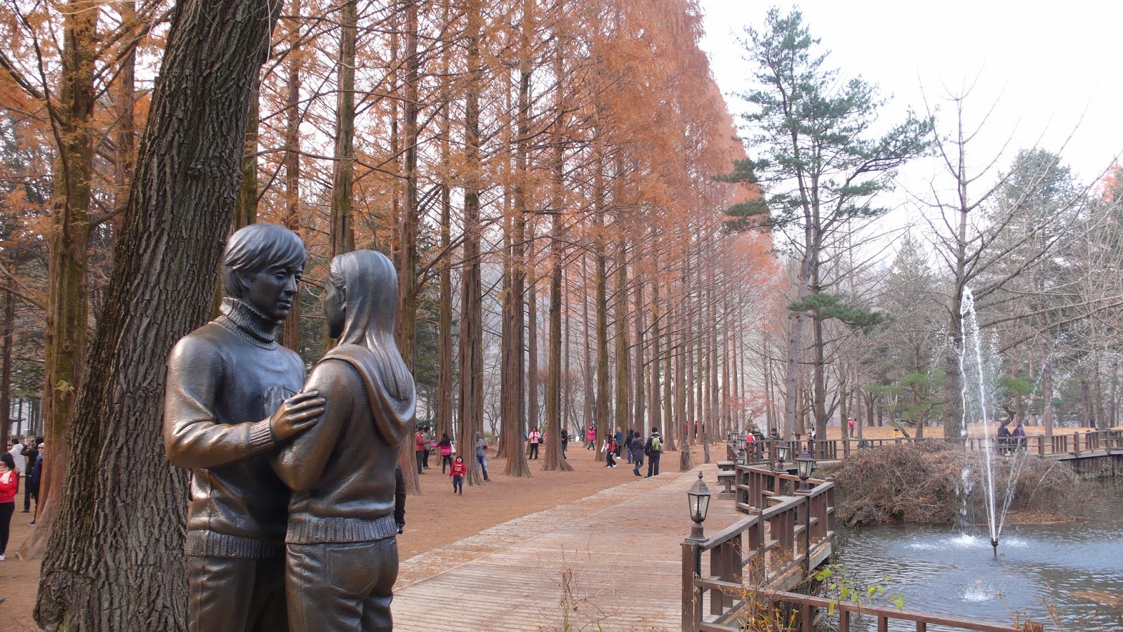 9 Romantic Things To Do In South Korea Autumn Summit Holidays 8d 6n Memorable Jeju Lotte World Tower 6 Retrace The Footsteps Of Winter Sonata On Namiseom Island