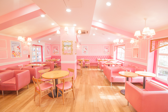 Hello Kitty Caf 233 Located At Hongdae Street In Seoul South