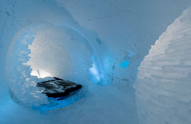 ice_hotel_sweden_before_the_big_bang_by_rob_harding_timsam_harding_-_photo_christopher_hauser_icehotel_680